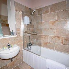 Отель Terracotta - Glasgow City Centre Apartment Великобритания, Глазго - отзывы, цены и фото номеров - забронировать отель Terracotta - Glasgow City Centre Apartment онлайн ванная фото 2