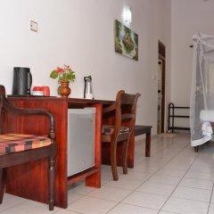 Отель Surf Villa Шри-Ланка, Хиккадува - отзывы, цены и фото номеров - забронировать отель Surf Villa онлайн удобства в номере