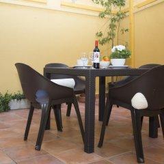 Отель SingularStays Botanico 29 Rooms Испания, Валенсия - отзывы, цены и фото номеров - забронировать отель SingularStays Botanico 29 Rooms онлайн питание