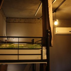 Mr.Comma Guesthouse - Hostel Кровать в общем номере с двухъярусной кроватью фото 7