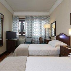 Отель Lisboa Plaza Лиссабон сейф в номере