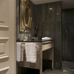 Отель Hôtel Chateaubriand Champs Elysées 4* Стандартный номер фото 10