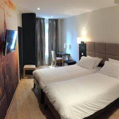 Отель Hôtel Jenner 3* Улучшенный номер с различными типами кроватей фото 2