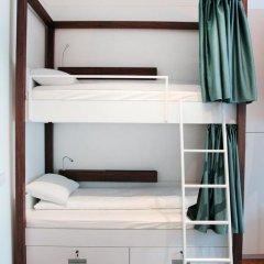 Отель Karavan Inn Кровать в общем номере с двухъярусной кроватью фото 19