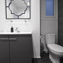 Отель The White Flats Les Corts Испания, Барселона - отзывы, цены и фото номеров - забронировать отель The White Flats Les Corts онлайн ванная