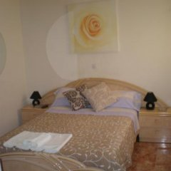Отель Hostal Conchita II Стандартный номер с различными типами кроватей фото 5