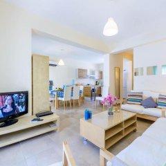 Отель Cape Greco Villa Кипр, Протарас - отзывы, цены и фото номеров - забронировать отель Cape Greco Villa онлайн комната для гостей фото 5