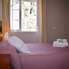 Отель Hostal La Muralla Стандартный номер с различными типами кроватей фото 16