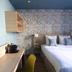 Отель Hôtel Du Centre 2* Стандартный номер с различными типами кроватей фото 7