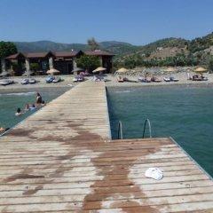 Отель Mazi Sahil Pansiyon Торба приотельная территория