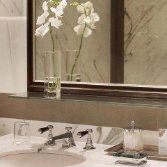 Отель The St. Regis Florence 5* Номер Делюкс с двуспальной кроватью фото 4