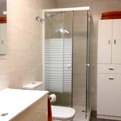 Отель Urumea Испания, Сан-Себастьян - отзывы, цены и фото номеров - забронировать отель Urumea онлайн ванная