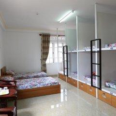 Отель Little Dalat Diamond 2* Кровать в общем номере фото 10