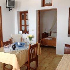 Отель Almyra Studios & Apartments Греция, Остров Санторини - отзывы, цены и фото номеров - забронировать отель Almyra Studios & Apartments онлайн комната для гостей фото 3