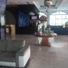 Al Jawhara Gardens Hotel гостиничный бар