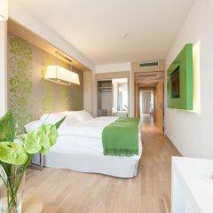 Отель Occidental Praha Five 4* Улучшенный номер с различными типами кроватей фото 8