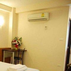 Отель Rambuttri House 2* Номер Делюкс с различными типами кроватей