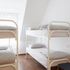Hostel Peter and the Wolf Кровать в мужском общем номере с двухъярусными кроватями фото 8