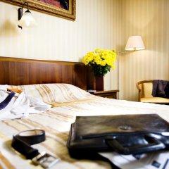 Гостиница Айвазовский Полулюкс с двуспальной кроватью фото 2