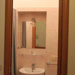 Отель Merulana Star Номер категории Эконом с различными типами кроватей фото 21
