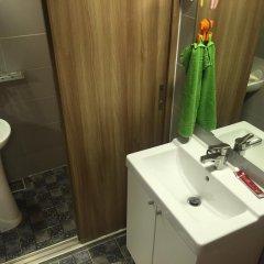 Отель Backpackers Inside Кровать в мужском общем номере с двухъярусной кроватью фото 3