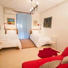 Отель Artistic Tirana Албания, Тирана - отзывы, цены и фото номеров - забронировать отель Artistic Tirana онлайн комната для гостей фото 3
