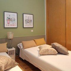Отель Apartamento Aida Deco Испания, Мадрид - отзывы, цены и фото номеров - забронировать отель Apartamento Aida Deco онлайн комната для гостей фото 3