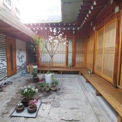 Отель Charm Hanok Guest House Южная Корея, Сеул - отзывы, цены и фото номеров - забронировать отель Charm Hanok Guest House онлайн помещение для мероприятий