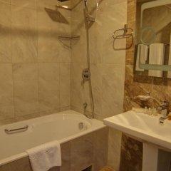Отель Элегант(Цахкадзор) 4* Номер Делюкс двуспальная кровать фото 2