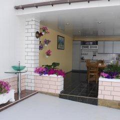 Гостиница Белый Грифон Апартаменты с различными типами кроватей фото 19