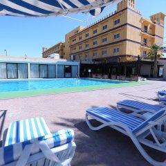 Отель Ras Al Khaimah Hotel ОАЭ, Рас-эль-Хайма - 2 отзыва об отеле, цены и фото номеров - забронировать отель Ras Al Khaimah Hotel онлайн бассейн