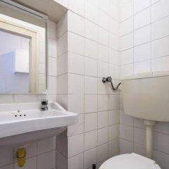 Отель ShortStayFlat - Living in Bairro Alto ванная фото 2