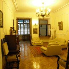 Отель Elena Hostel Грузия, Тбилиси - 2 отзыва об отеле, цены и фото номеров - забронировать отель Elena Hostel онлайн интерьер отеля фото 2
