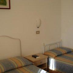 Отель Albergo B&b Serafini 2* Стандартный номер фото 3