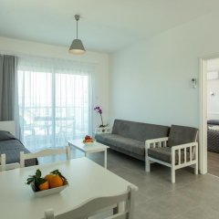 Kapetanios Bay Hotel комната для гостей фото 2