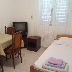 Отель Apartmani Tiha Noc комната для гостей фото 2