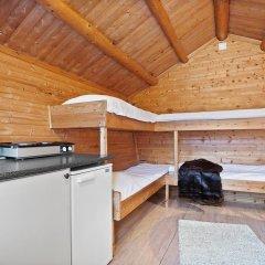 Отель Tromsø Camping Коттедж Эконом с различными типами кроватей фото 4