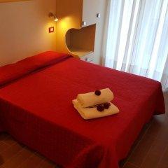 Отель Perla Verde Италия, Римини - отзывы, цены и фото номеров - забронировать отель Perla Verde онлайн комната для гостей фото 2