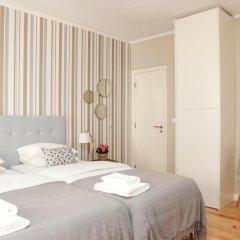 Отель Flores Guest House 4* Улучшенный номер с различными типами кроватей фото 2