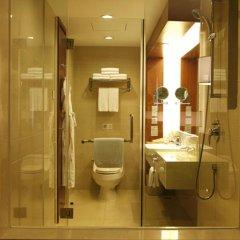 Отель Holiday Inn Shenzhen Donghua Китай, Шэньчжэнь - отзывы, цены и фото номеров - забронировать отель Holiday Inn Shenzhen Donghua онлайн ванная фото 2