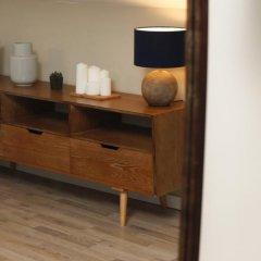 Отель Flores Guest House 4* Апартаменты с различными типами кроватей фото 28