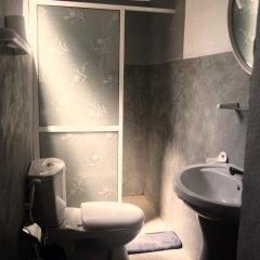 Отель Holiday Inn Unawatuna 3* Номер категории Эконом с различными типами кроватей фото 4