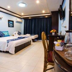 Отель The Grand Orchid Inn 2* Семейный номер Делюкс разные типы кроватей фото 10