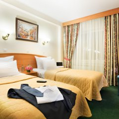 Гостиница Вега Измайлово 4* Стандартный семейный номер с различными типами кроватей