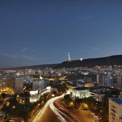 Отель Holiday Inn Тбилиси 4* Номер Бизнес разные типы кроватей фото 3