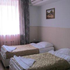 Гостиница Столичная 2* Номер Эконом 2 отдельными кровати (общая ванная комната)