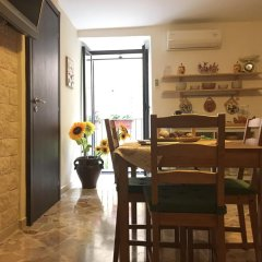 Отель Alle Antiche Mura del Vicolo Италия, Палермо - отзывы, цены и фото номеров - забронировать отель Alle Antiche Mura del Vicolo онлайн питание фото 2