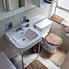 Отель Amazing 2bed 2 bath near the Grove США, Лос-Анджелес - отзывы, цены и фото номеров - забронировать отель Amazing 2bed 2 bath near the Grove онлайн ванная фото 2