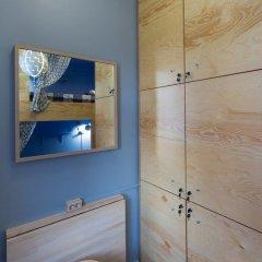 Хостел InDaHouse Кровать в мужском общем номере фото 14