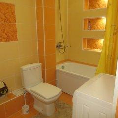Отель Bestshome Apartment 3 Кыргызстан, Бишкек - отзывы, цены и фото номеров - забронировать отель Bestshome Apartment 3 онлайн ванная фото 2
